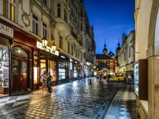 Prag ist berühmt für seine vielen kleinen Jazz-Bars