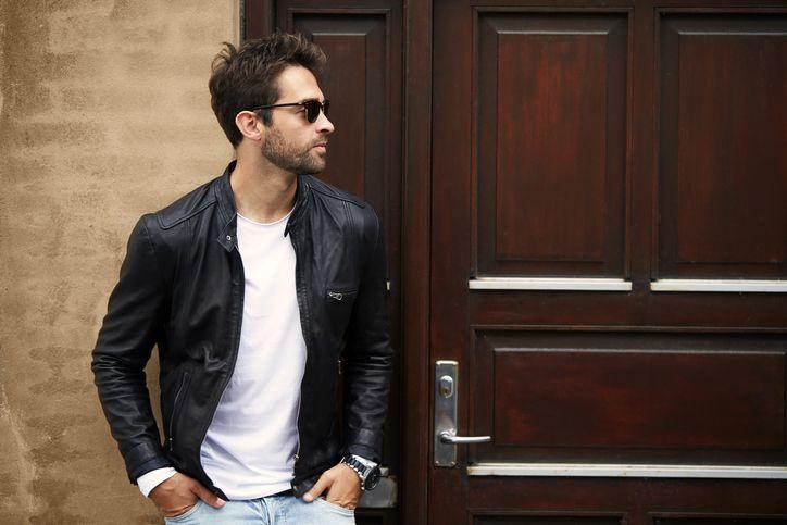 Das Männer-Must have schlechthin: Die coole Lederjacke im James Dean Style