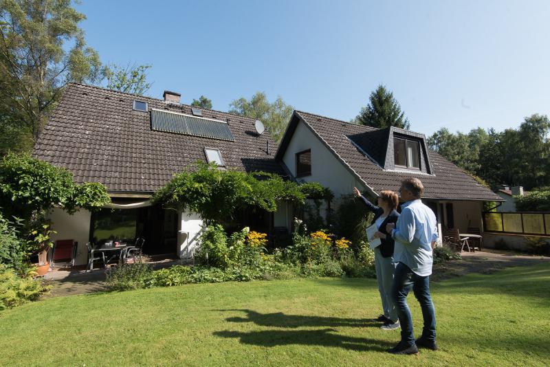 Die IFB-Berater erklären, wie man bei der Eigenheim-Modernisierung von Zuschüssen profitieren kann