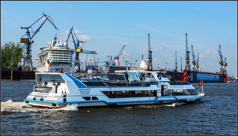 RAINER ABICHT Begleitfahrten Hamburger Hafengeburtstag zb auf der MS HANSEATIC