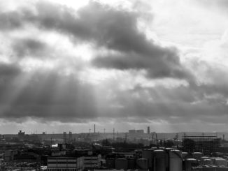 Sturmzeichen über Hamburg