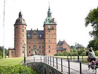 Die neue Radreise Hamburg-Kopenhagen führt vorbei am Vallø Slot, Bild: Østdansk Turisme
