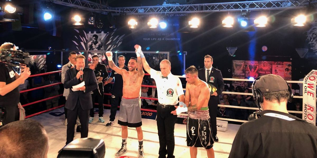 Artem Harutyunyan holte den Continental-Titel der International Boxing Organization (IBO) im Superleichtgewicht