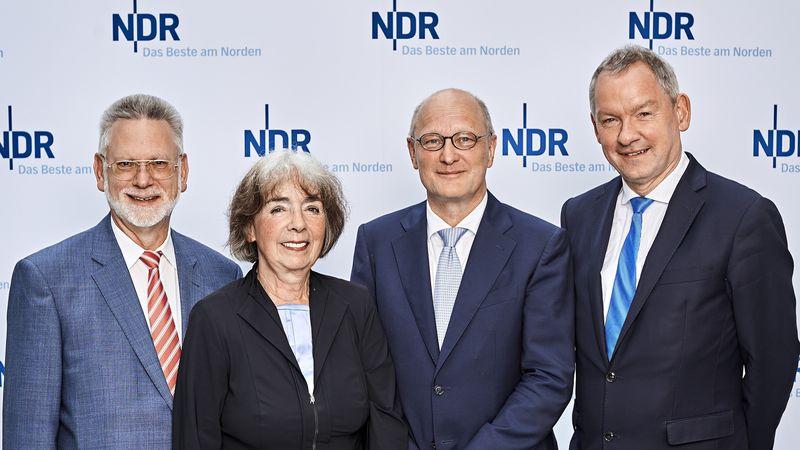 Joachim Knuth zum neuen NDR Intendanten gewählt - mit Ulf Birch, Dr. Cornelia Nenz und Lutz Marmor