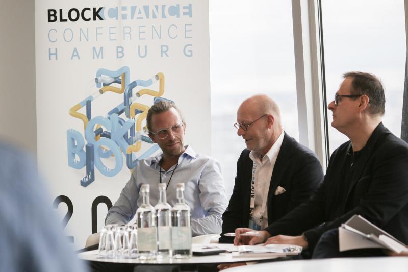 Hamburgs Wirtschaftssenator Westhagemann und Blockchance Initiator Fabian Friedrich