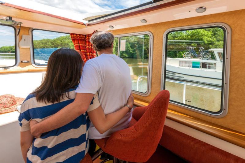 Auf einem Hausboot ist man wirklich für sich