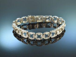 Funkelt mit der Braut um die Wette - edles Art Déco Armband mit Diamanten
