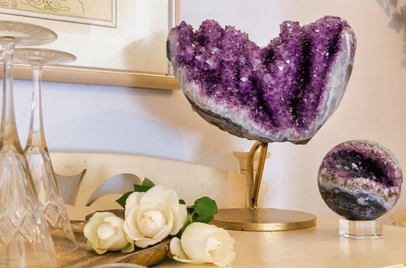 Dekorative Mineralien im Interieur