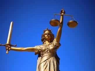 Das Gesetz steht über dem Hausrecht