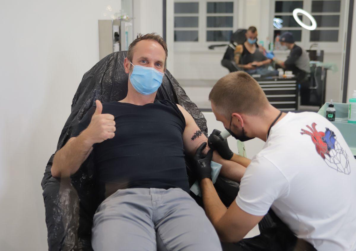 Edding eröffnet Tattoostudio in Hamburg