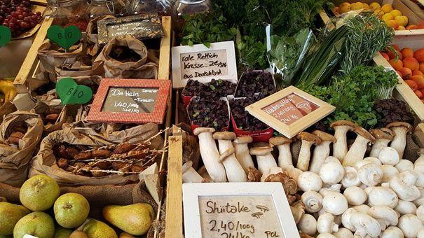 Gesundes der Saison frisch vom Wochenmarkt