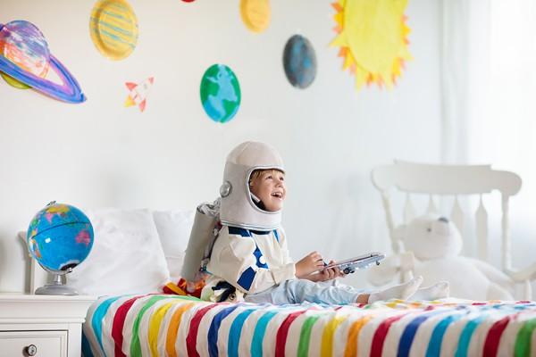 Spielspaß mit Kostümen für Kinder