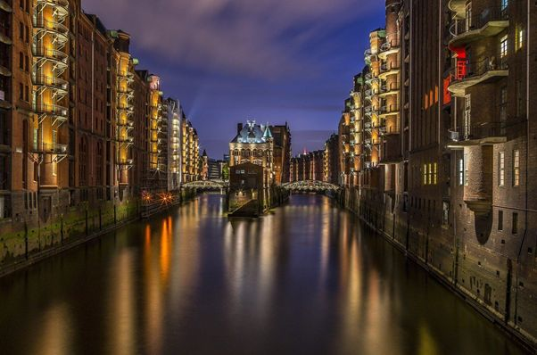 Hamburgs Hafencity - mal alt, mal neu