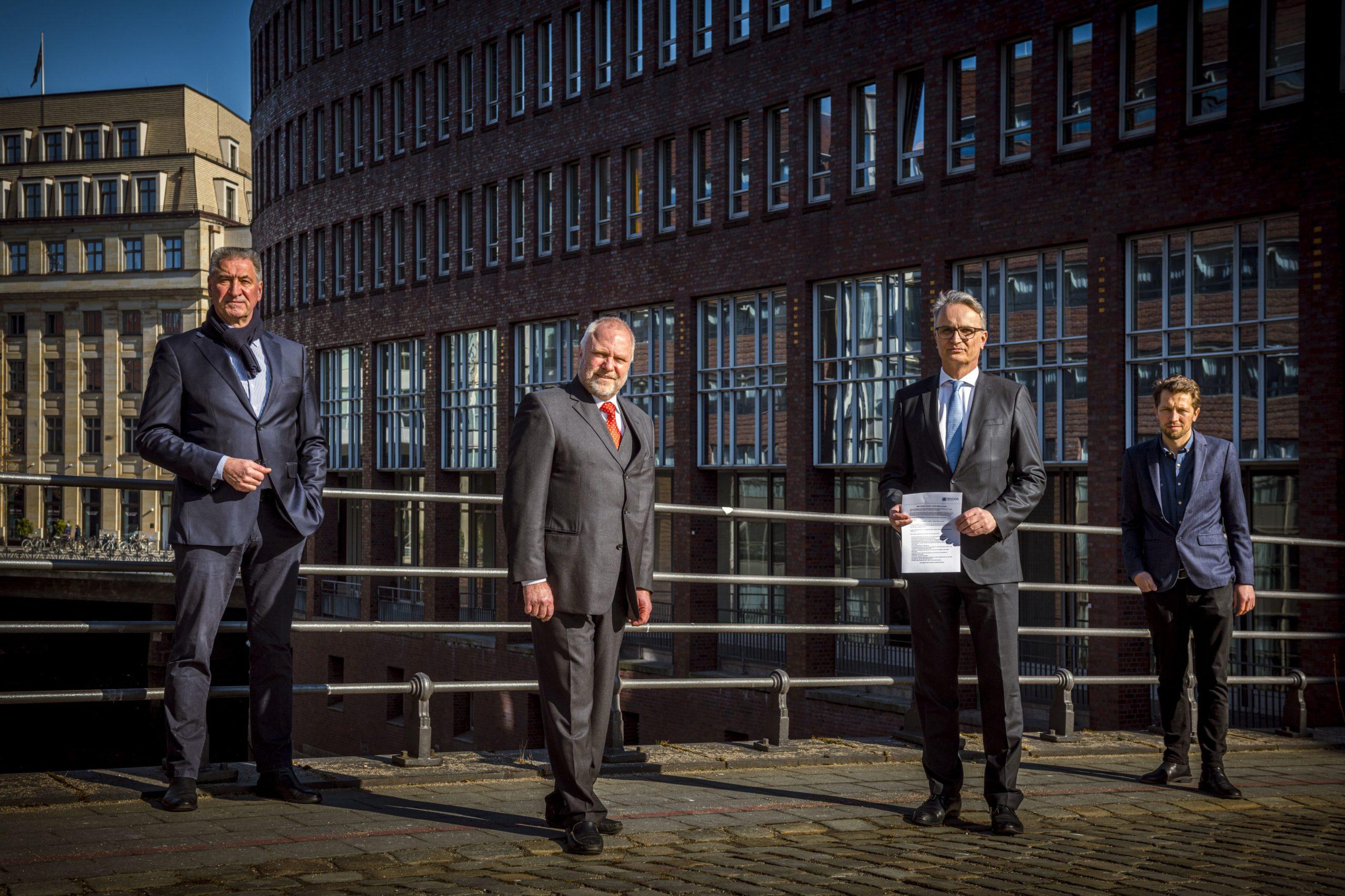 Jens Stacklies, Niklaus Kaiser von Rosenburg, Staatsrat Andreas Rieckhof, Hannes Vater / Fotohinweis: © IngoBoelter