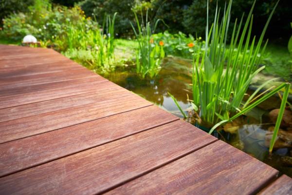 Bambus Terrassendiele Cardenas mit einer Altholzoptik