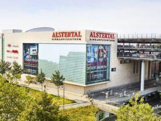 Bietet Live-Musik zum Shopping: Alstertal-Einkaufszentrum Hamburg in Poppenbüttel (© ECE/Anna-Lena Ehlers)