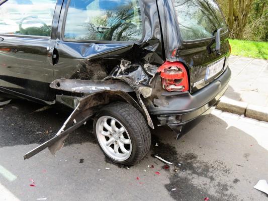 Schrottreife Autos ganz unkompliziert loswerden – das geht?