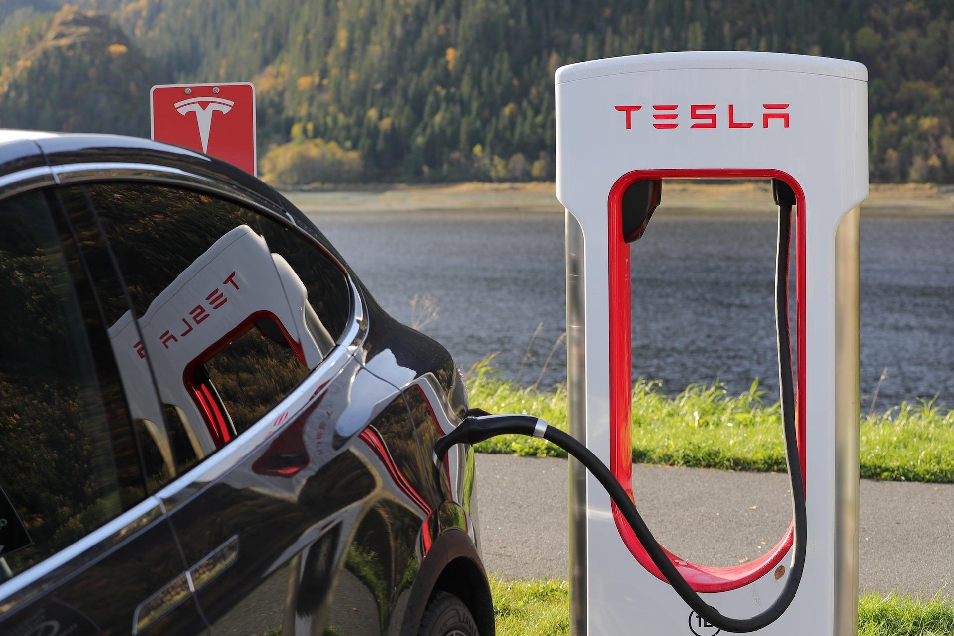 Tesla tanken