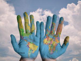 Deine zukunft liegt in Deinen Händen - Travel the World